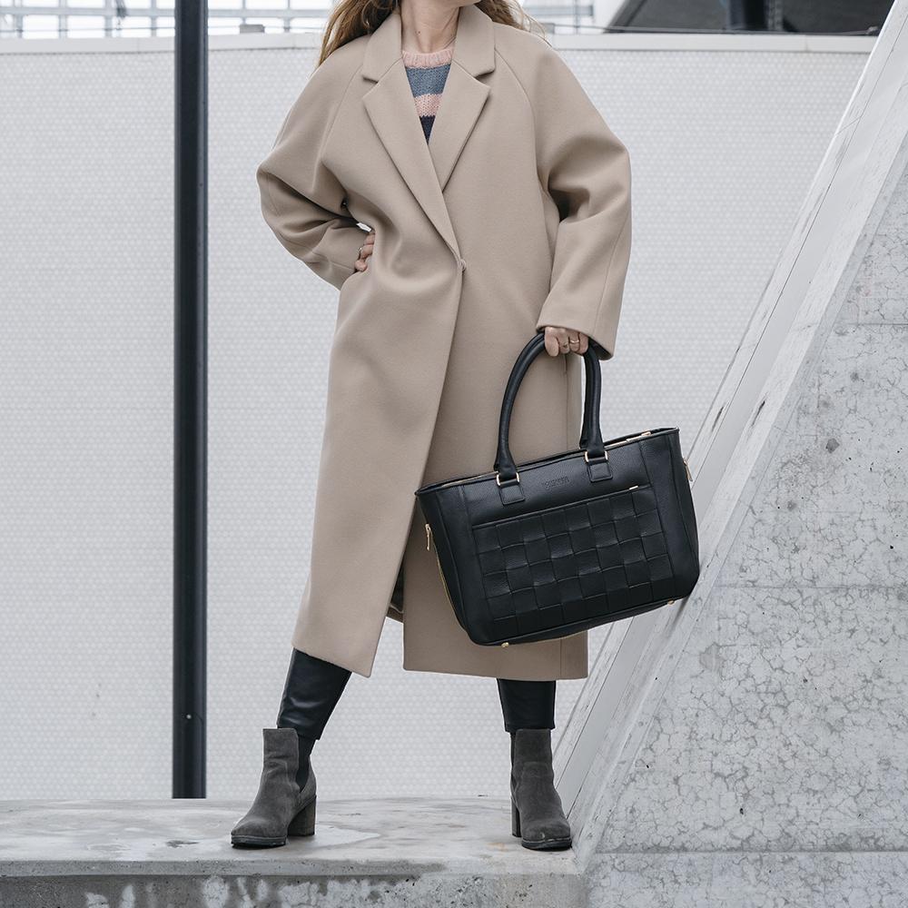 Kontainer Copenhagen Black Love Workbag Checkout